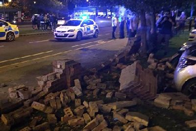 Car Flips Onto Its Roof In Wakefield Collision Wakefield