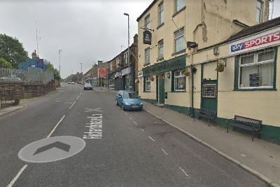 Man's jaw broken in punch attack as he waited for taxi in Leeds