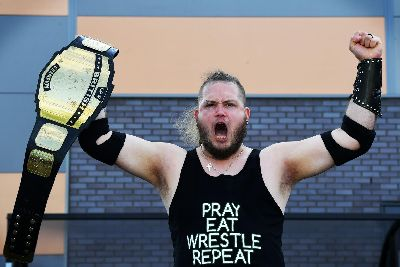 Wrestler who battled debt and homelessness to fight at Leeds