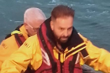 Fleetwood singer Alfie Boe swapped his slick suit for a life jacket as he joined Fleetwood's RNLI volunteers for training.