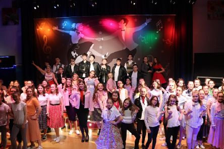 The cast of Grease at Chapel-en- le-Frith High School.
