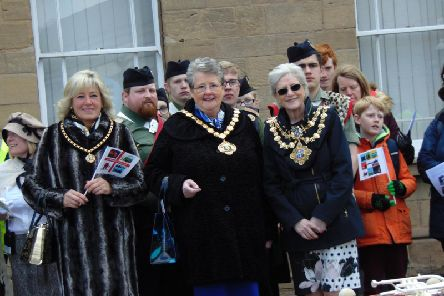 Civic dignitaries welcomed the parade to Mansfield.