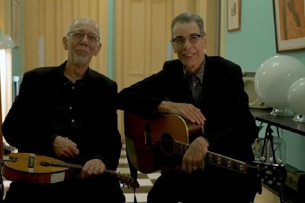 Rod Clements and Rab Noakes have joined forces for their Alive 'n' Pickin' show, which is coming to Barnoldswick Music and Arts Centre. (s)