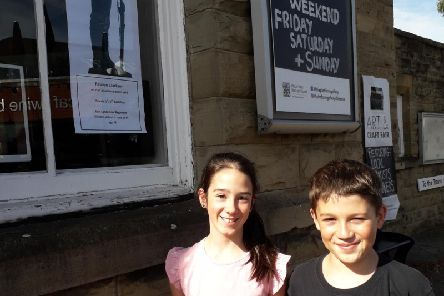 Young people follow the trail to find where the soldiers of Clitheroe who did not return from the First and Second World Wars