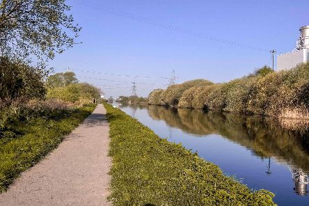 Stainforth and Keadby Canal part of the Isle Greenway