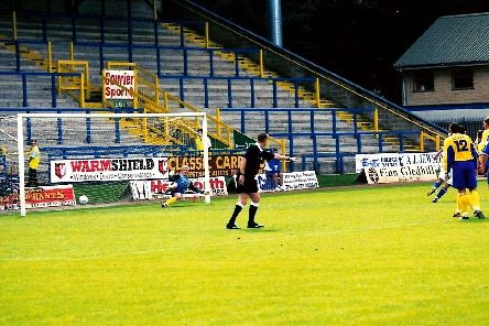 Craig Midgley scores, Halifax 2-0 Telford, August 2002. Photo: Keith Middleton.