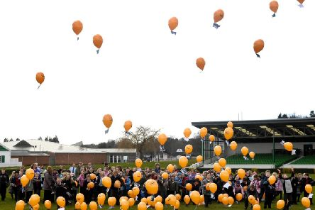 Pupils release the Great Yorkshire Show balloons.