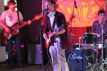 Fab new album - Harrogate rock band Arc of Manapples with Jeremy Grove on lead vocals and guitar.