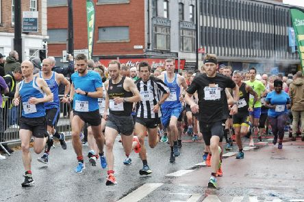 Hundreds of runners took part in last years Leigh 10k