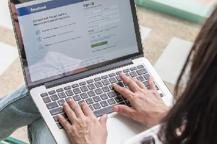 Facebook outage hits publishers and brands across the UK