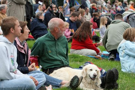 2007: Members of the public sat enjoying the Chatsworth Country Fair.