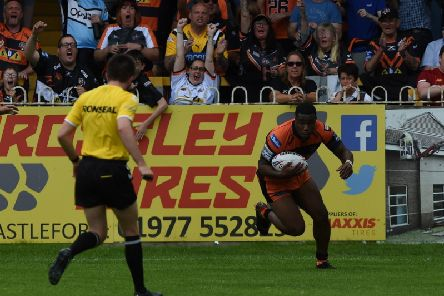 Tuoyo Egodo at the double as Castleford Tigers boost play-off hopes with win over London Broncos