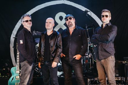 The Mission will play Rock City next year