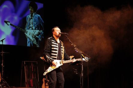 See The Story Of Guitar Heroes at Mansfield Palace Theatre