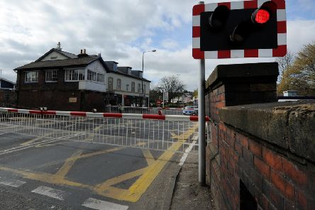 There are claims that the waiting time for traffic at Starbeck level crossing could be significantly reduced in Harrogate.