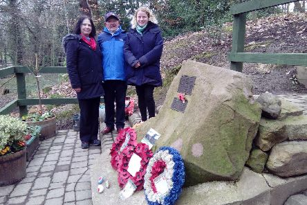 Tony Foulds with Couns Mary Lea, left, and deputy leader Olivia Blake at the Mi Amigo air crew memorial in Endcliffe Park