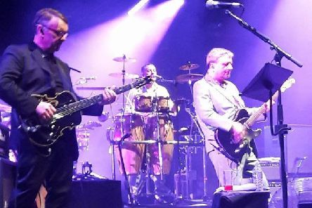 Squeeze live at Sheffield city Hall: Pic by Jon Parry