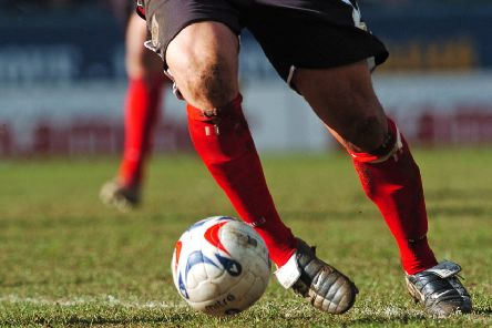Llewellyn fires hat-trick as Dewsbury Rangers move top of Championship