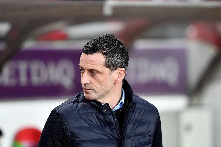 Sunderland boss Jack Ross praised fans for their support on Tuesday night