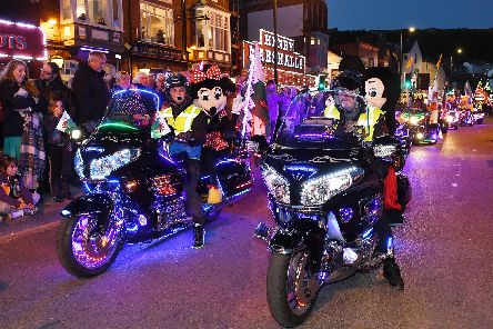 Goldwings on parade