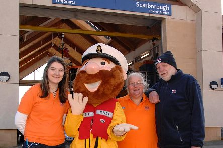 Tabz Nixon, Stormy Stan, Kay Jackson and Max Francis at the Love Your Lifeboat event