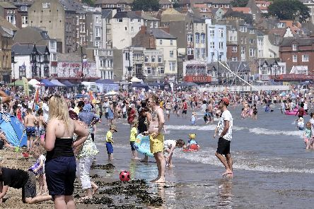 Heatwave hits Scarborough. A busy South Bay pic Richard Ponter