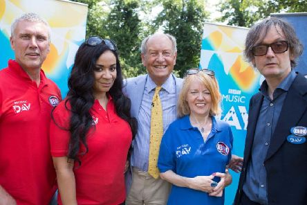 Right to left: Jarvis Cocker, Candida Doyle, Bargain Hunt presenter Charlie Ross, Rowetta and Bez. Picture: BBC