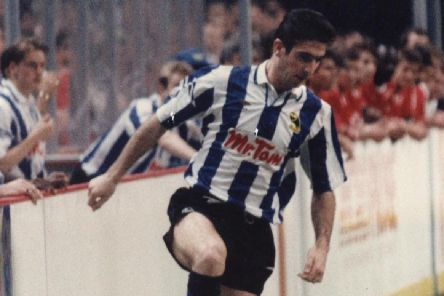 Eric Cantona playing for Sheffield Wednesday in an indoor game in 1992