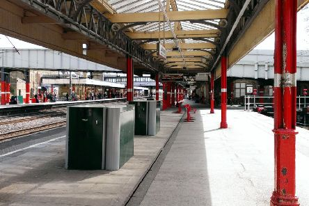 Lancaster Railway Station, platforms, Virgin and Pacer trains
