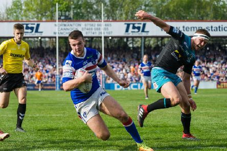 Max Jowitt goes over for a try against Leeds Rhinos. PIC: James Heaton.