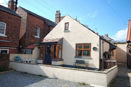 Chalet style bungalow in the heart of Whitby
