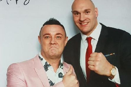 Lee Michaels with Tyson Fury after they sang together