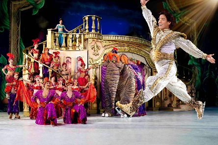 Disney On Ice action from Aladdin.