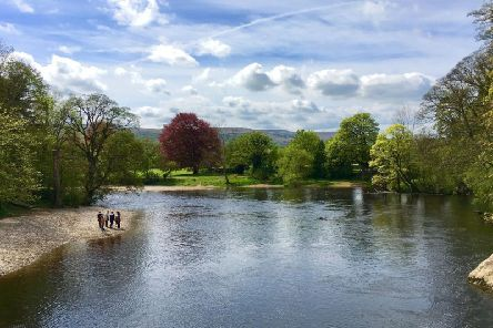The pebble beaches beside the River Wharfe at Ilkley