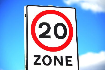 Introducing a blanket 20mph speed limit across all settlements in North Yorkshire would be unrealistic, an inquiry has said.