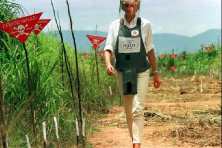 Diana, Princess of Wales walked in one of the safety corridors of the landmine field in Angola on January 15, 1997 during a visit to help a Red Cross campaign outlaw landmines worldwide.   Photo by Jose Manuel Ribeiro/REUTERS