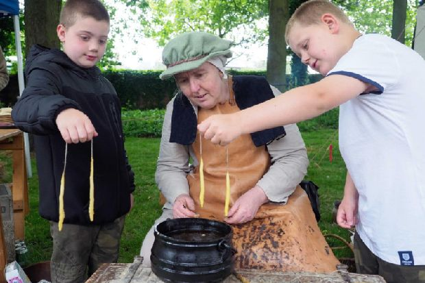Blast from the past as popular Elizabethan event returns