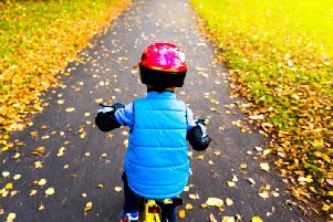How to help children learn to ride a bike