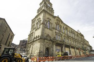 Pioneer House in Dewsbury will be handed over to Kirklees College.