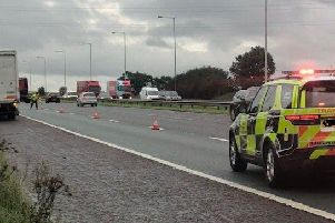 There is currently 1 lane closed on the M6 from J28 (Leyland, B5256) towards J27 (Standish, Parbold) to allow a fitter to safely change the offside tyre on a lorry.
