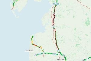 Red and black indicates where traffic is slow or at a standstill.
