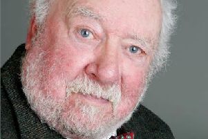 Actor Freddie Jones who played Sandy Thomas has died aged 91