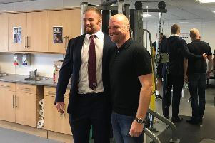 Burnley manager Sean Dyche with his lookalike, Harlequins Number 8 James Chisholm (credit: James Chisholm's twitter)