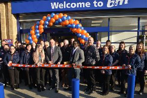 Official opening of new B&M store, Kirkby-In-Ashfield. Councillor Jason Zadrozny cuts the ribbon