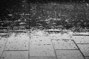 Light showers are expected to occur in the Leeds area at around 19:00, bringing some long-awaited wet weather to Yorkshire.