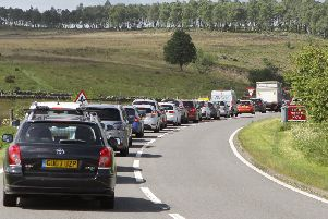 Traffic queuing for the Chatsworth Flower Show
