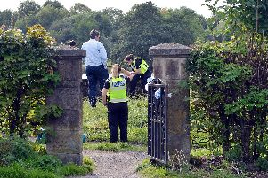 Police at Walton Dam. Pictures by Brian Eyre.