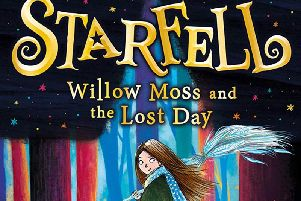 Starfell: Willow Moss and the Lost Dayby Dominique Valente and Sarah Warburton