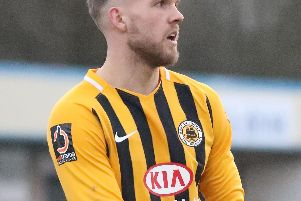 Nicky Walker has signed on loan from Boston United.