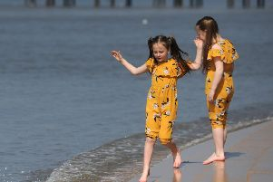 Hot weather is forecast over the Easter bank holiday weekend.  Sisters Carla Jackson, 8 and Annabelle Jackson, 6.